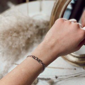 Bracelet love argenté jade et lisa