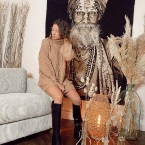 Robe pull camel jade et lisa